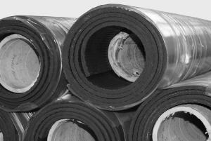 Pferdezubehör: Elastische Gummibeläge für den Stall-, Paddockboden als Rollware